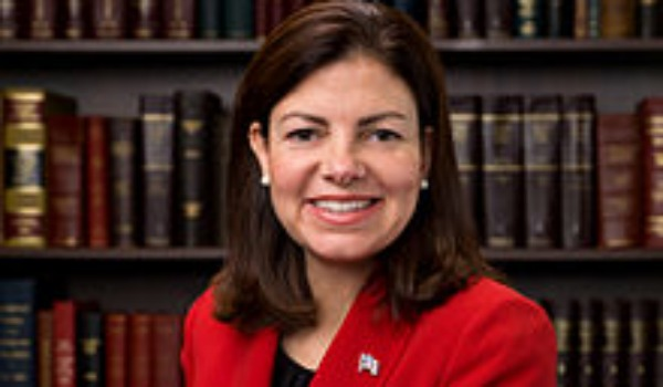 kelly ayotte 600.jpg