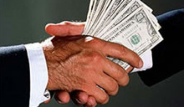 money hands 600.jpg